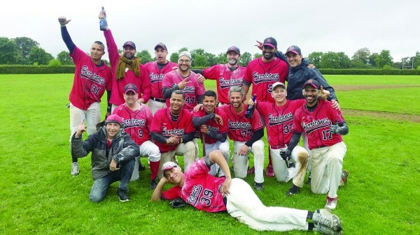 Hurricanes successfully defend national crown